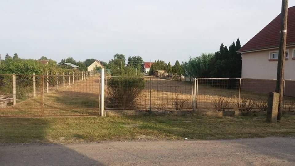 Eladó Lajosmizsén központhoz közel építési telek