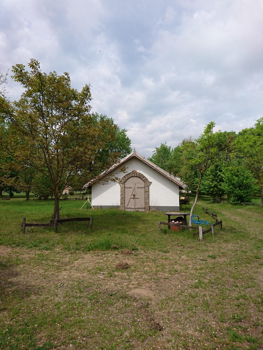 Eladó Lajosmizsén üdülőfarm